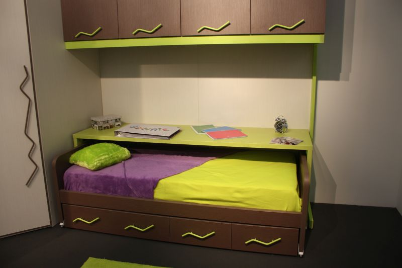 Bunk beds for kids with chartreuse bedding