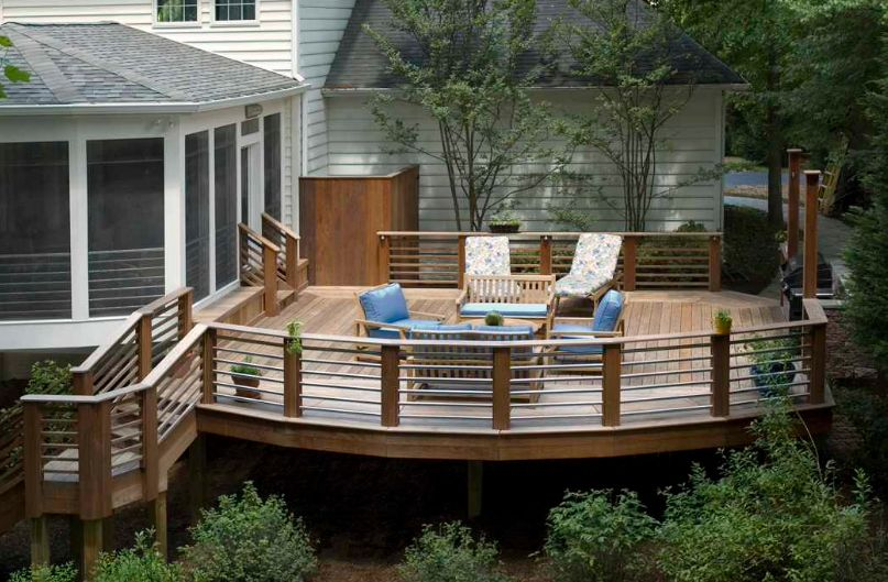 Charming deck design with cool railing