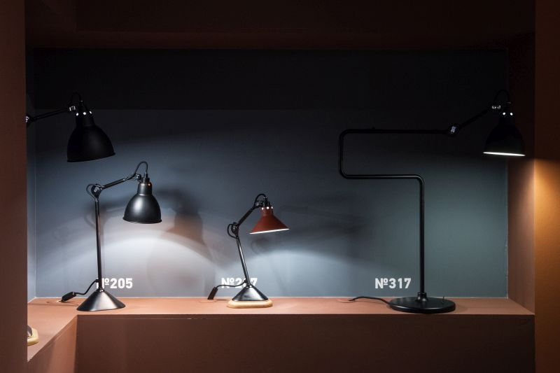 Collection of traditional lamps with black accents for desk