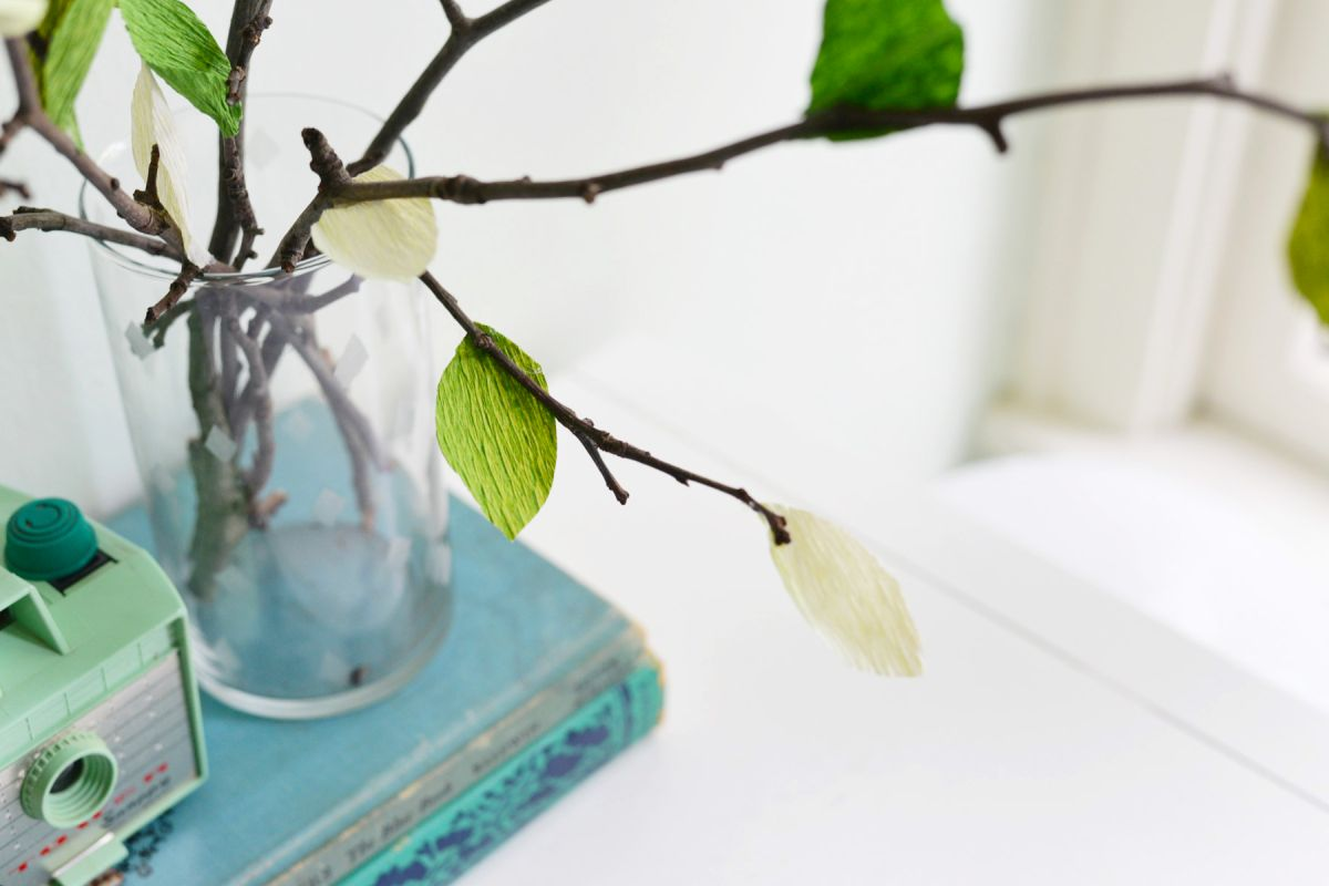 DIY Crepe Paper Leaf Branches Top