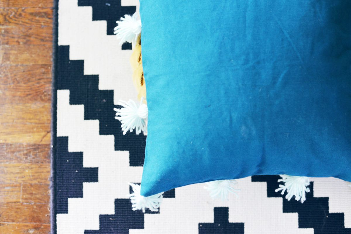 DIY Tassel Pillow Modern Craft