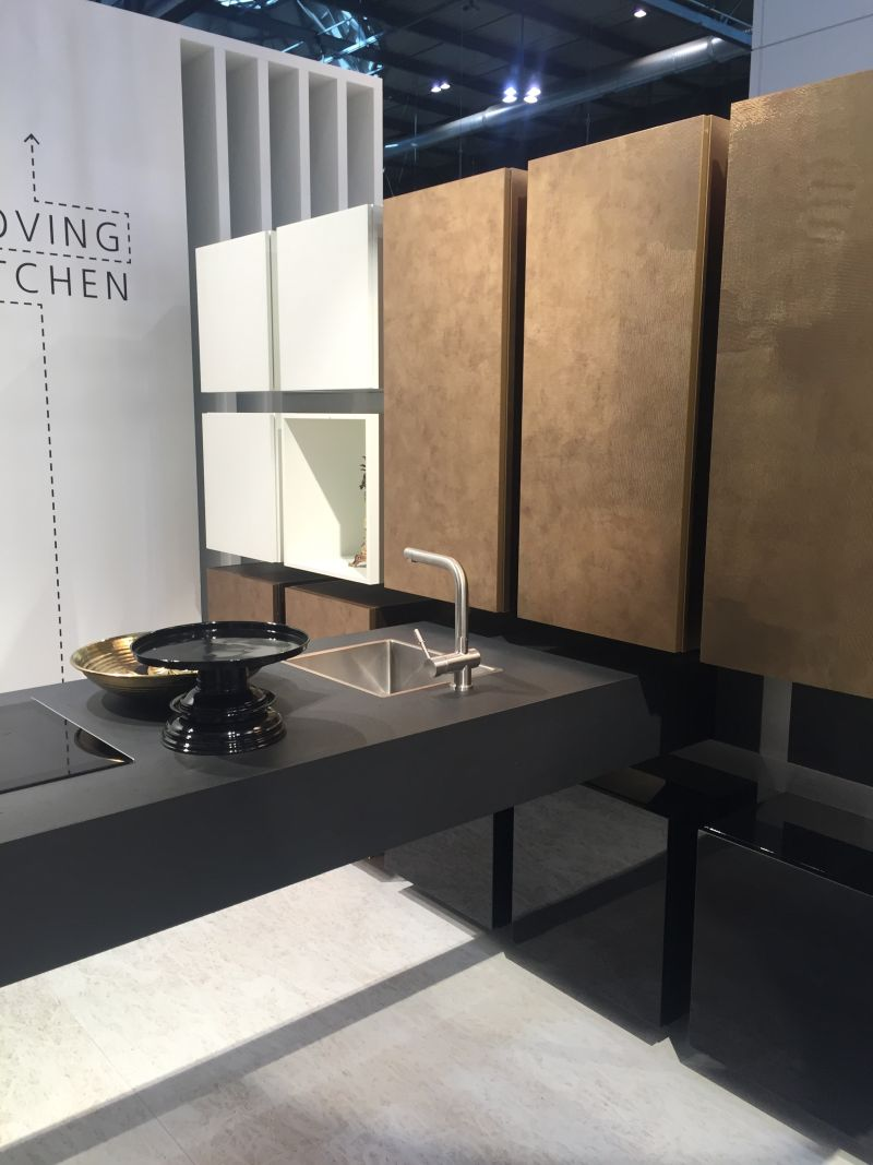 Designed for small kitchen moving countertop