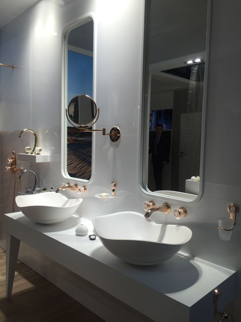 Luxury bathroom designs that revive forgotten styles Luxury bathroom vanity design