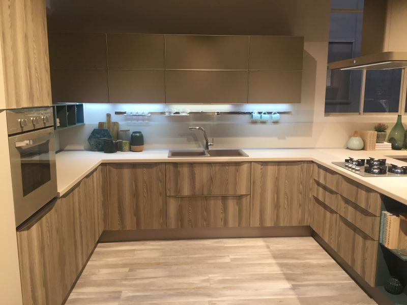 Earth tones kitchen design and led under cabinet lighting for a modenr touch