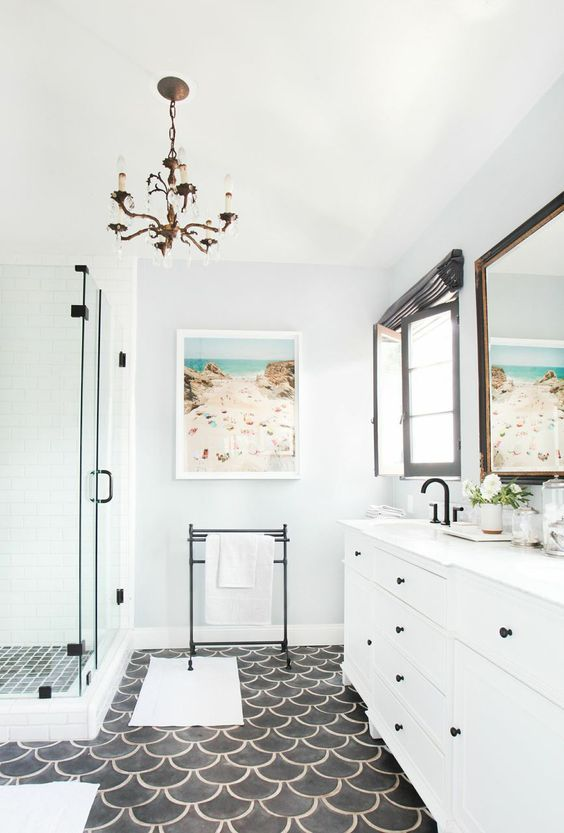 Elegant white spanish bathroom