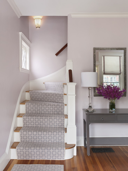 Entryway levender wall color shade