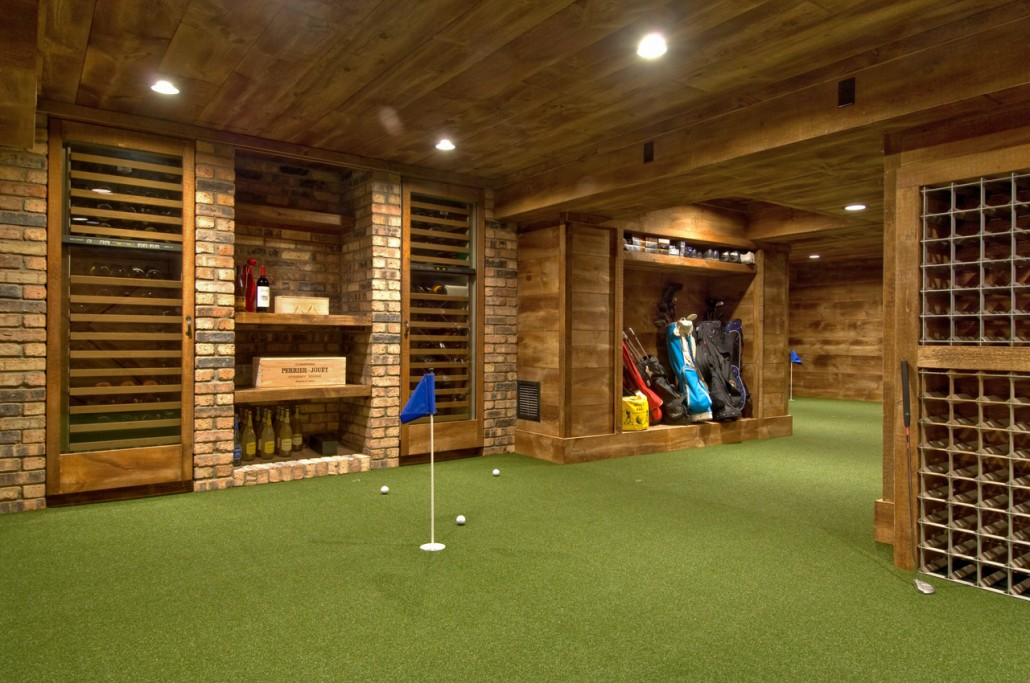 Interior golf area