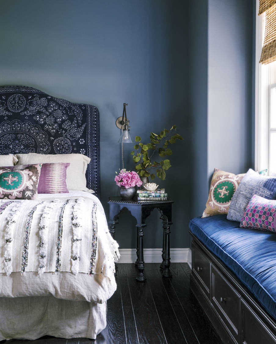 Calming Bedroom Colors: 10 Calming Bedrooms With Analogous Color Schemes