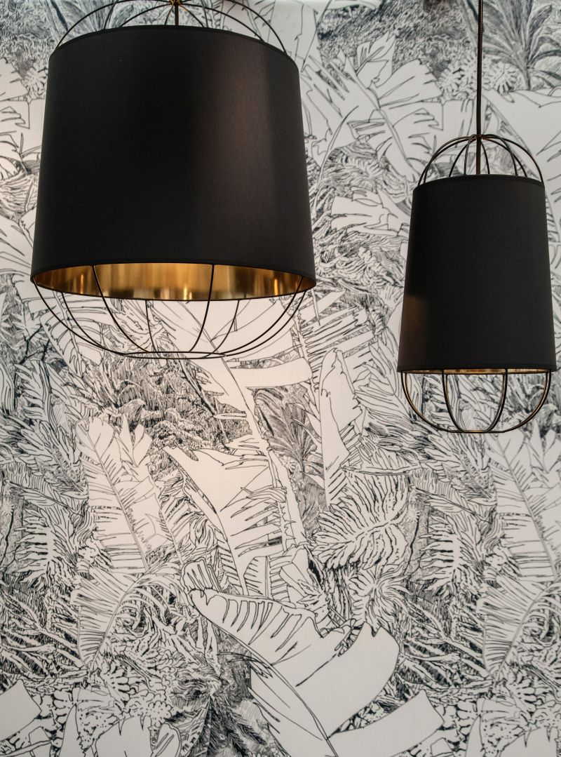 Lanterna modern pendant lighting in black and gold inside