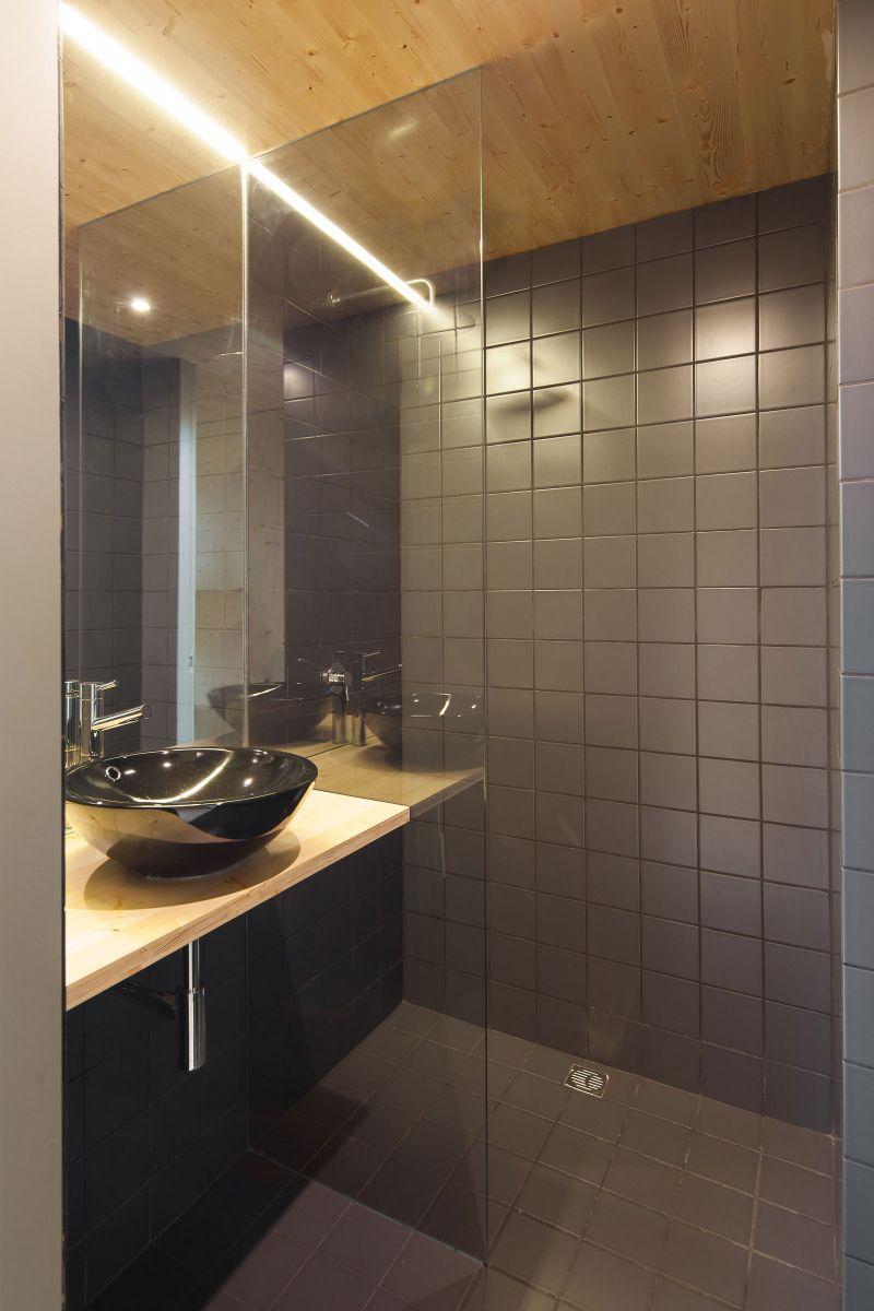 MIMA Light house bathroom