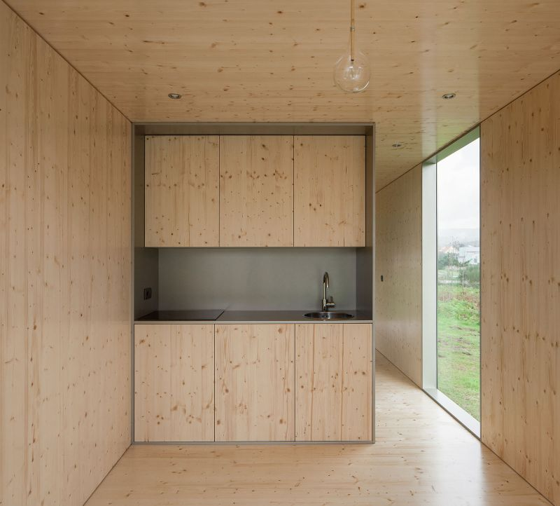 MIMA Light house kitchen