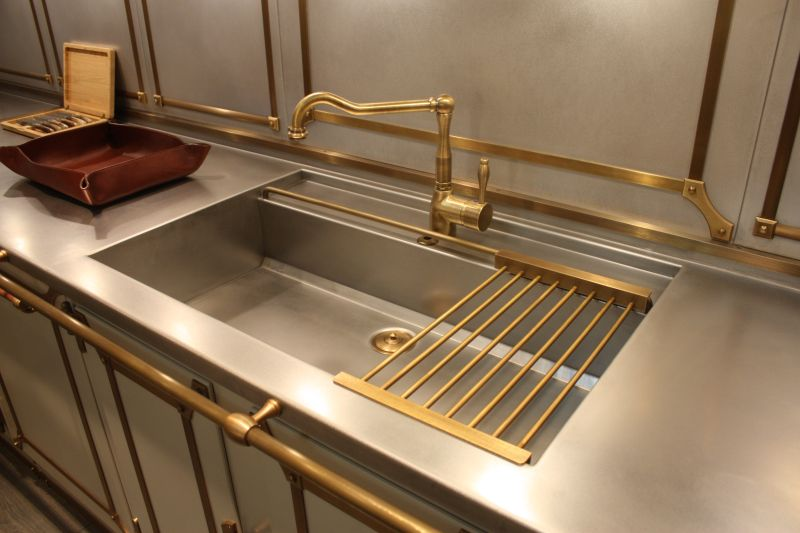 Metallic brass kitchen accents