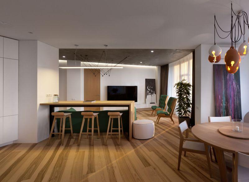 Minimalist apartment in Kiev bar