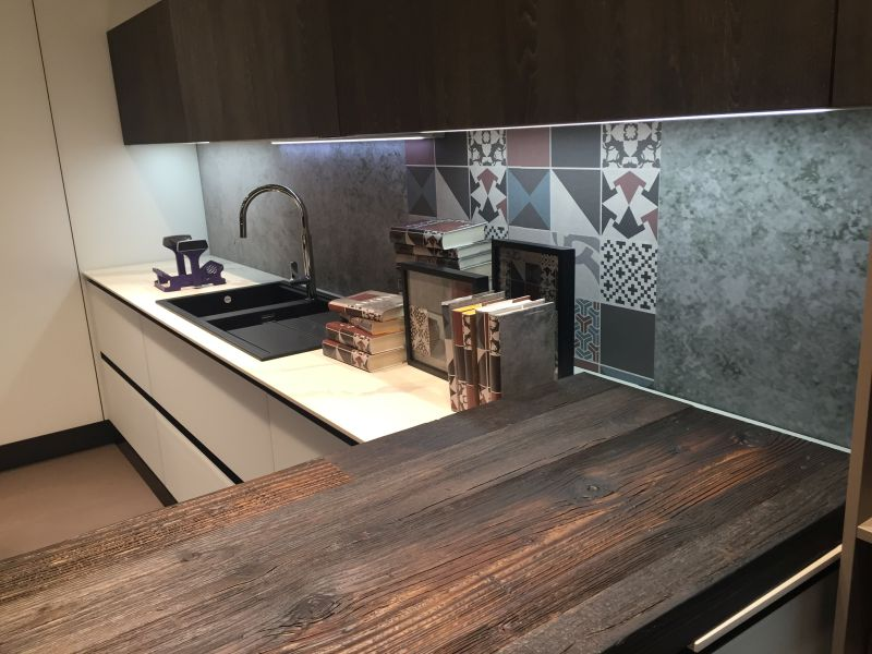 Under cabinet led lighting puts the spotlight on the kitchen counter mixed patchwork for backsplash and led under cabinet lighting workwithnaturefo