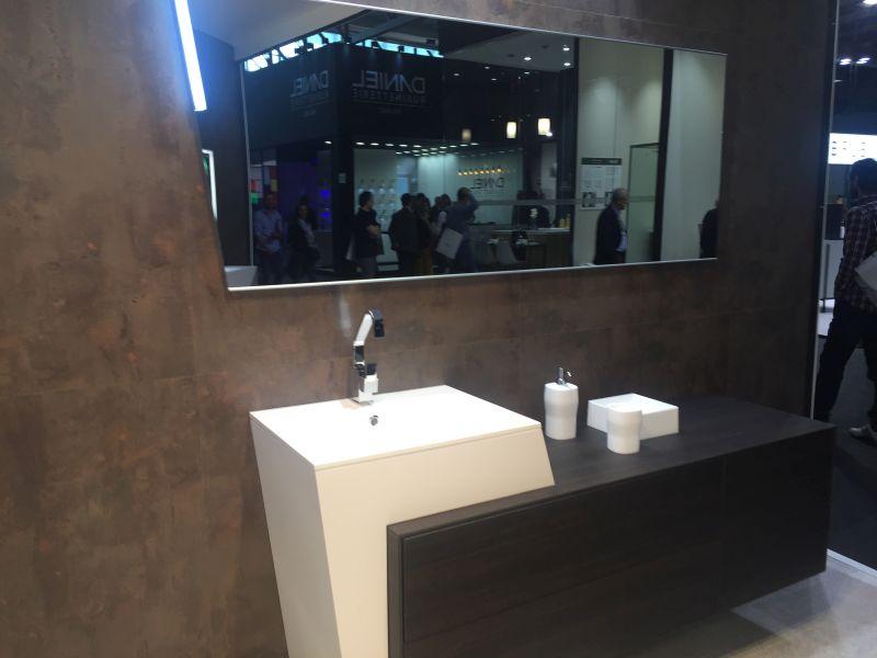 Modern countertop vanity in black and white