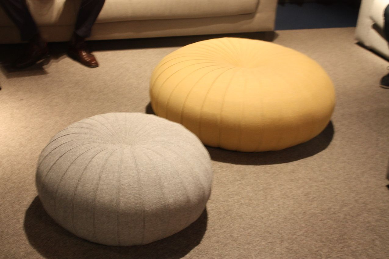 Mora Dillo Pouf Design