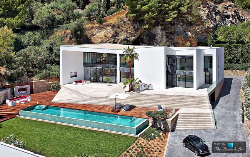 100 pool houses to be proud of and inspired by for Kapfer pool design mallorca