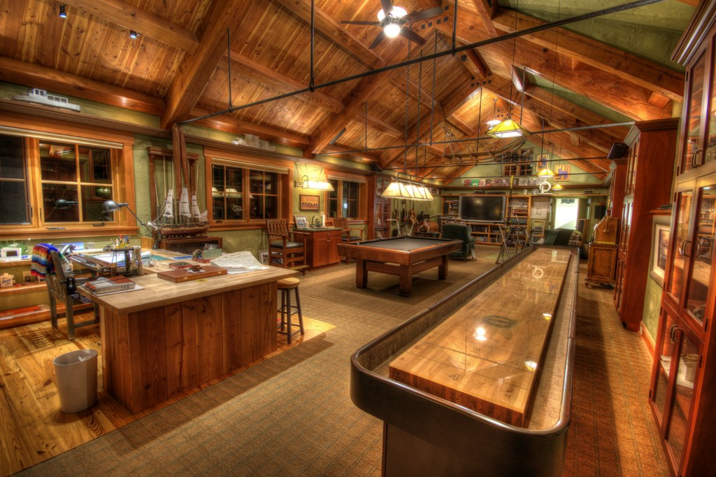 Rustic Garage Man Cave Ideas : Man stuff for styling and personalizing