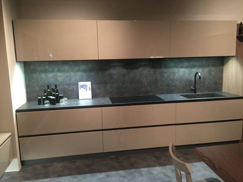 Backsplash Lighting Undercabinet Led Lighting Puts The Spotlight On The Kitchen Counter