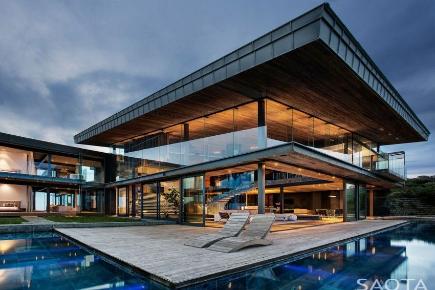 Saota and antoni associates house with pool