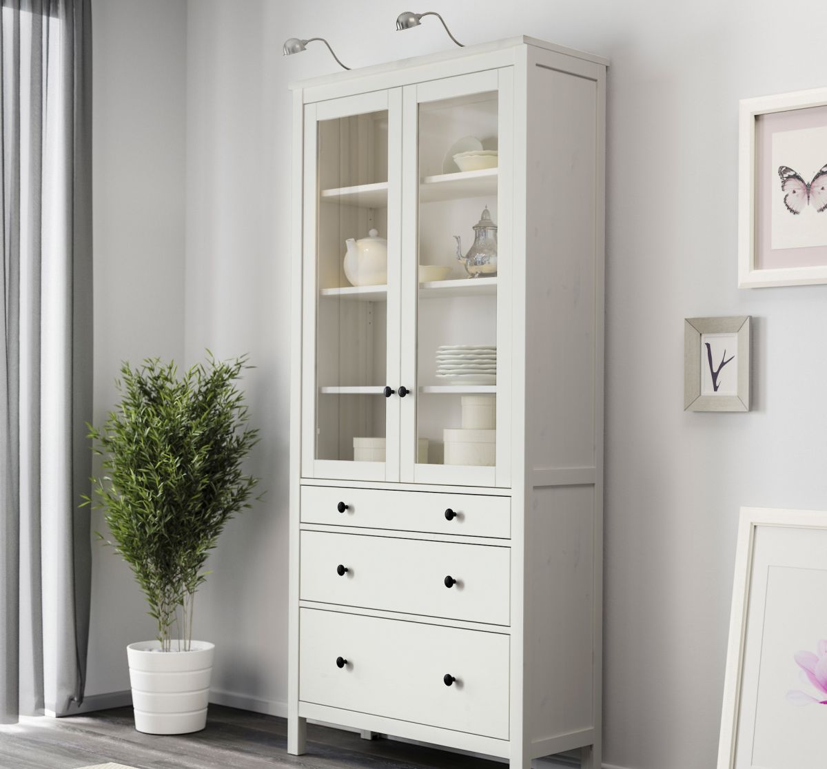 Shabby cabinet plus drawers