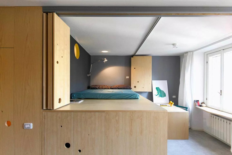 Small apartment in Milan lofted bedroom and dining
