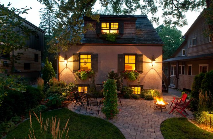 How To Lay A Brick Patio - Tips And Design Ideas on Small Brick Patio Ideas id=89576