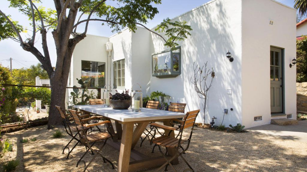 Spanish style backyard design