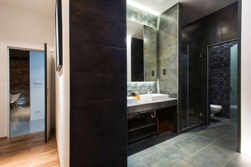 Studio Loft in Barcelona bathroom mirror