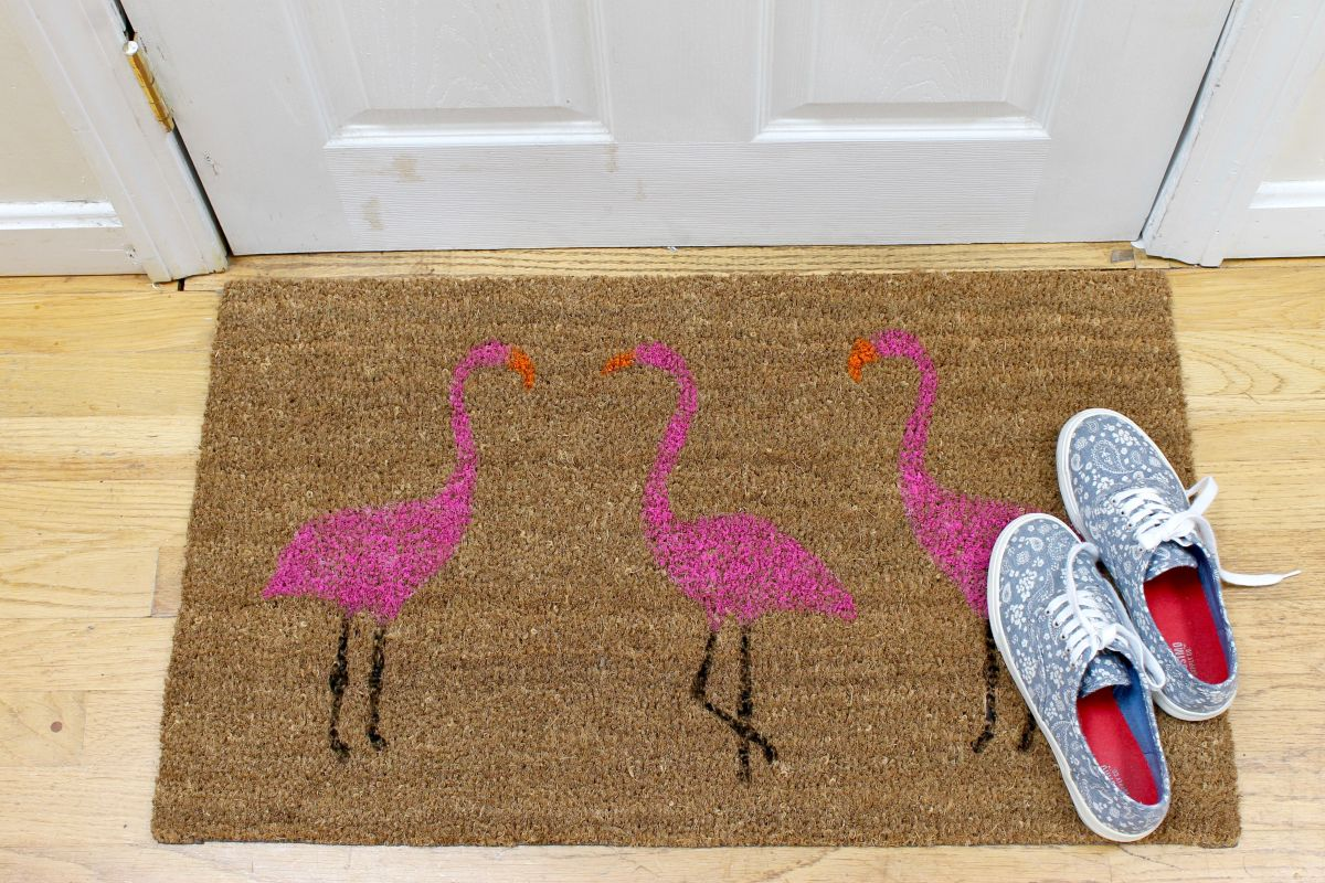 Summer Pink Flamingo Painted Doormat Project