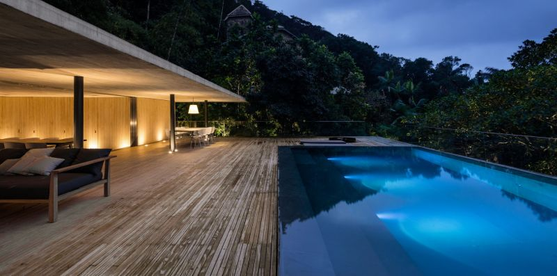 The Jungle House infinity pool