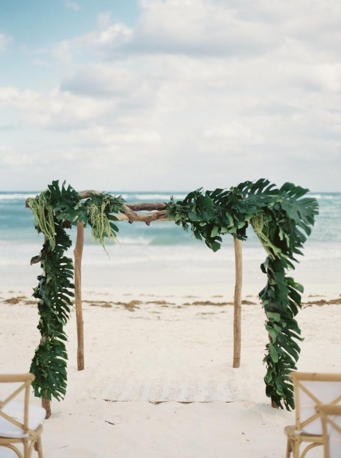 Tropicam wedding arch design