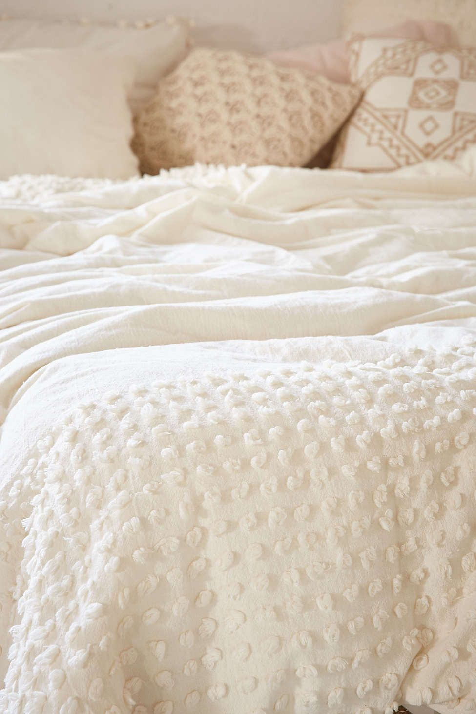 15 Best Picks For Shabby Chic Bedding