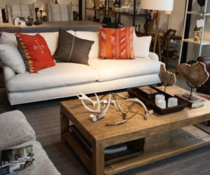 Define and Highlight Your Style with Living Room Accents
