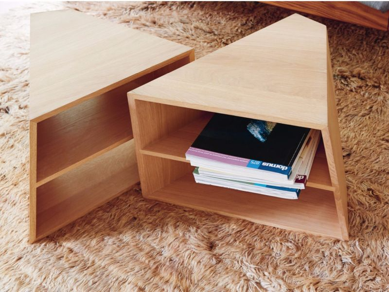 Varan low modular coffee table with integrated magazine holder