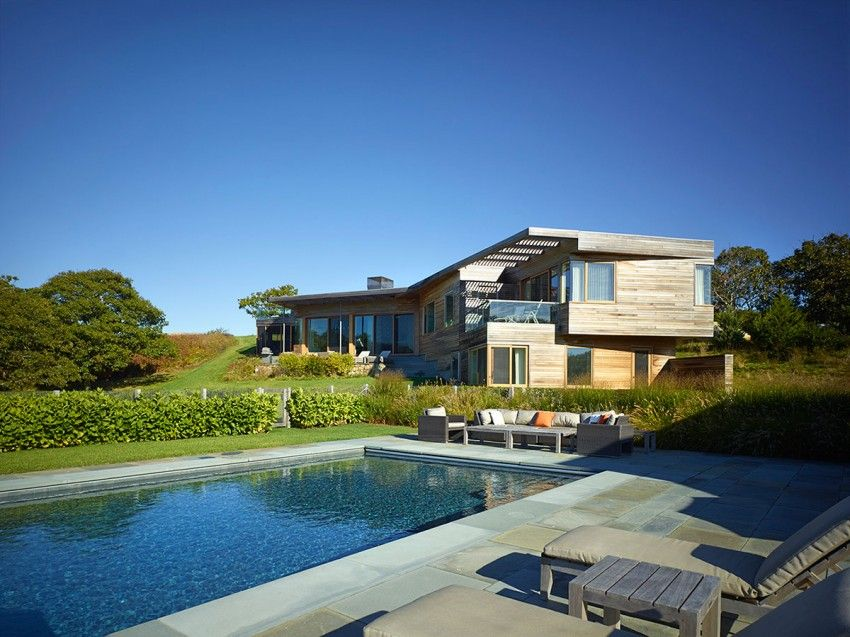 Vineyard Farm House with pool