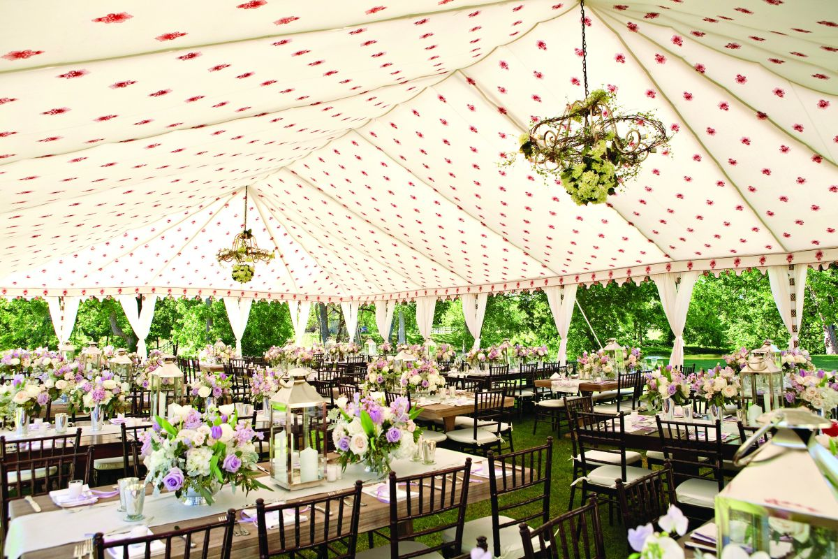 Wedding Tents – A Fresh Idea For Summer Celebrations