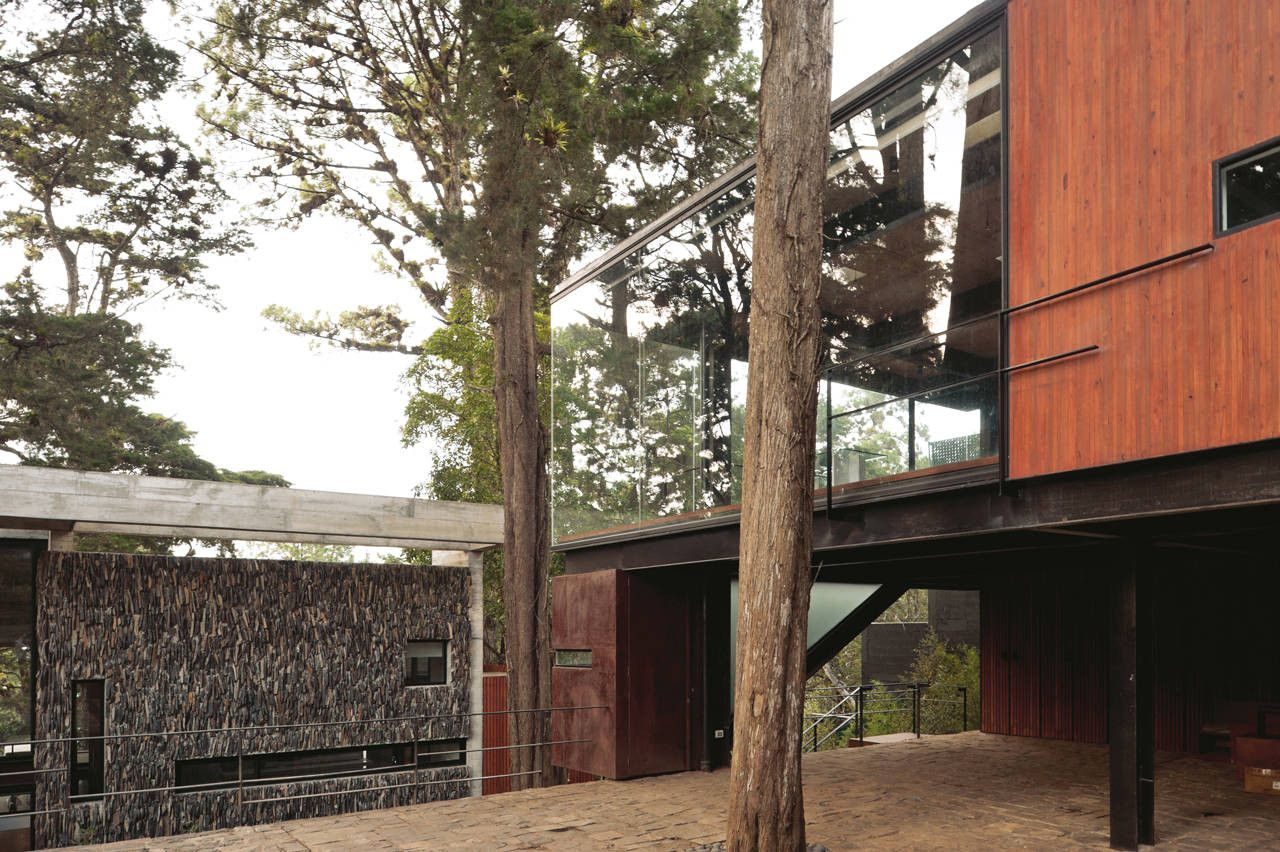 colorado concrete house and trees around