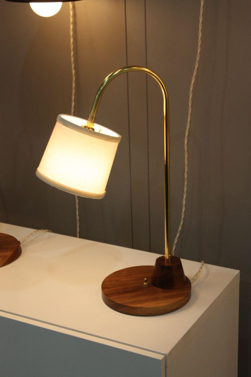 gwendolyn desk lamp
