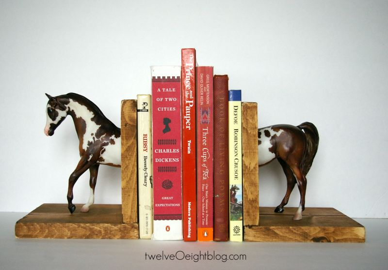 Animal shaped bookends - Horse