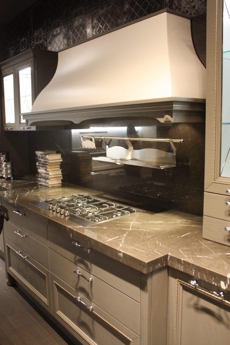 Aran Kitchen adds a small shelf to the backsplash.