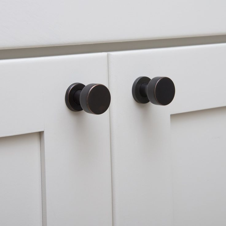 Black Modern Knobs