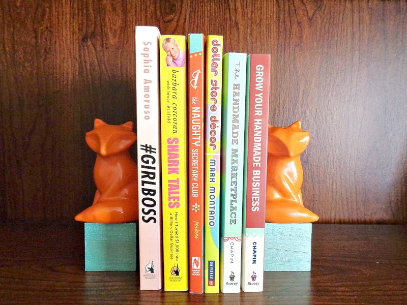 Bold fox Bookends