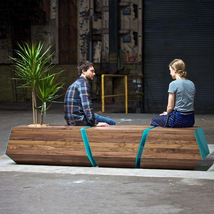 Boxcar bench plant