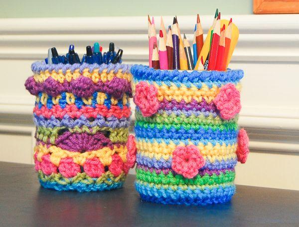 Colorful crochet mason jar