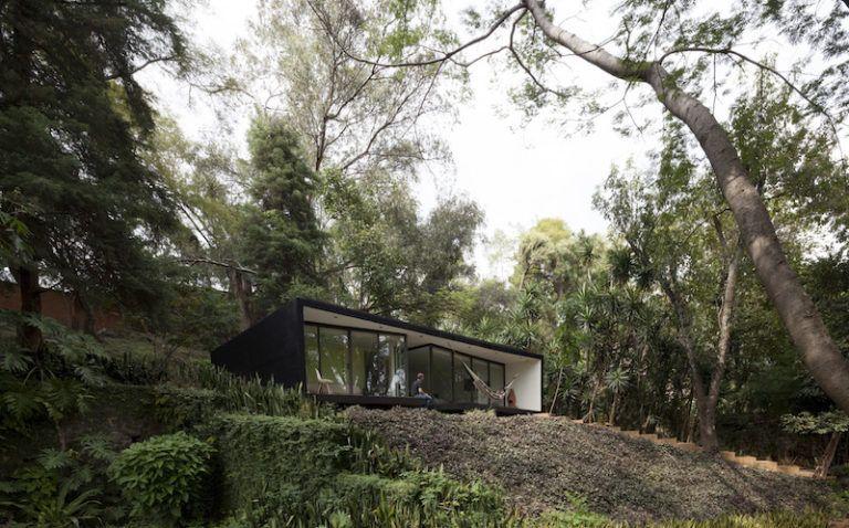 Contemporary cabin in Mexico facade on valley