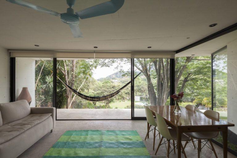 Contemporary cabin in Mexico living area