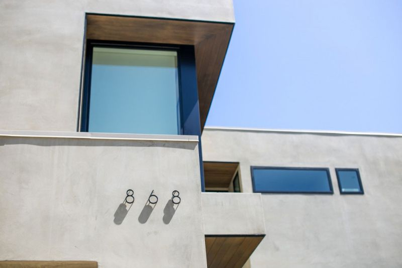 Contemporary home in Californian hillside house number