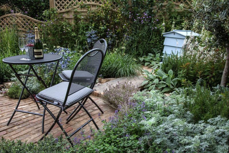 Create a corner nook in your garden