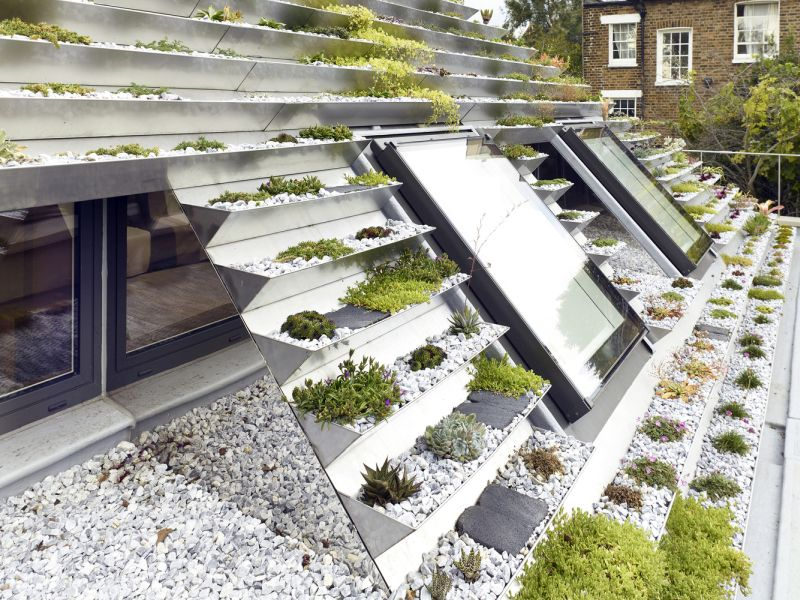 Garden House roof planters and windows